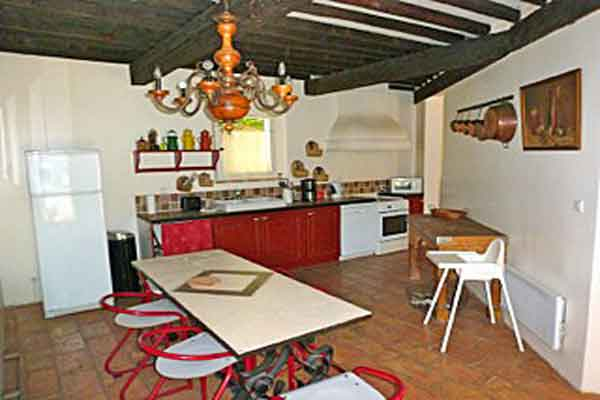 Well equipped kitchen  - Maison Sophie - Villa to Rent in Provence