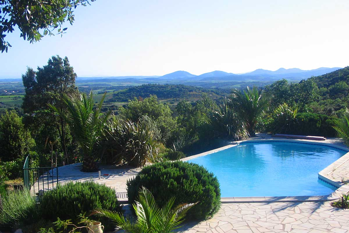 Languedoc villa with pool