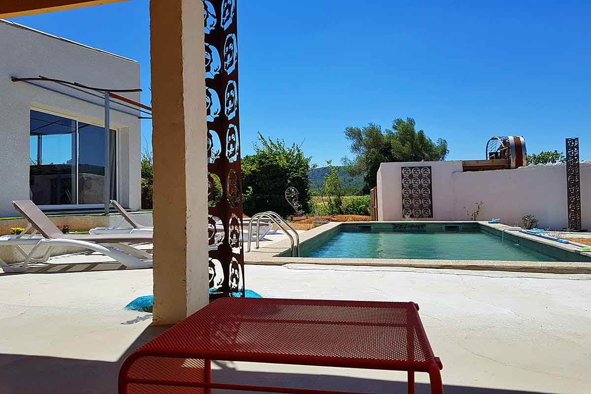 Villa in South of France to rent with pool