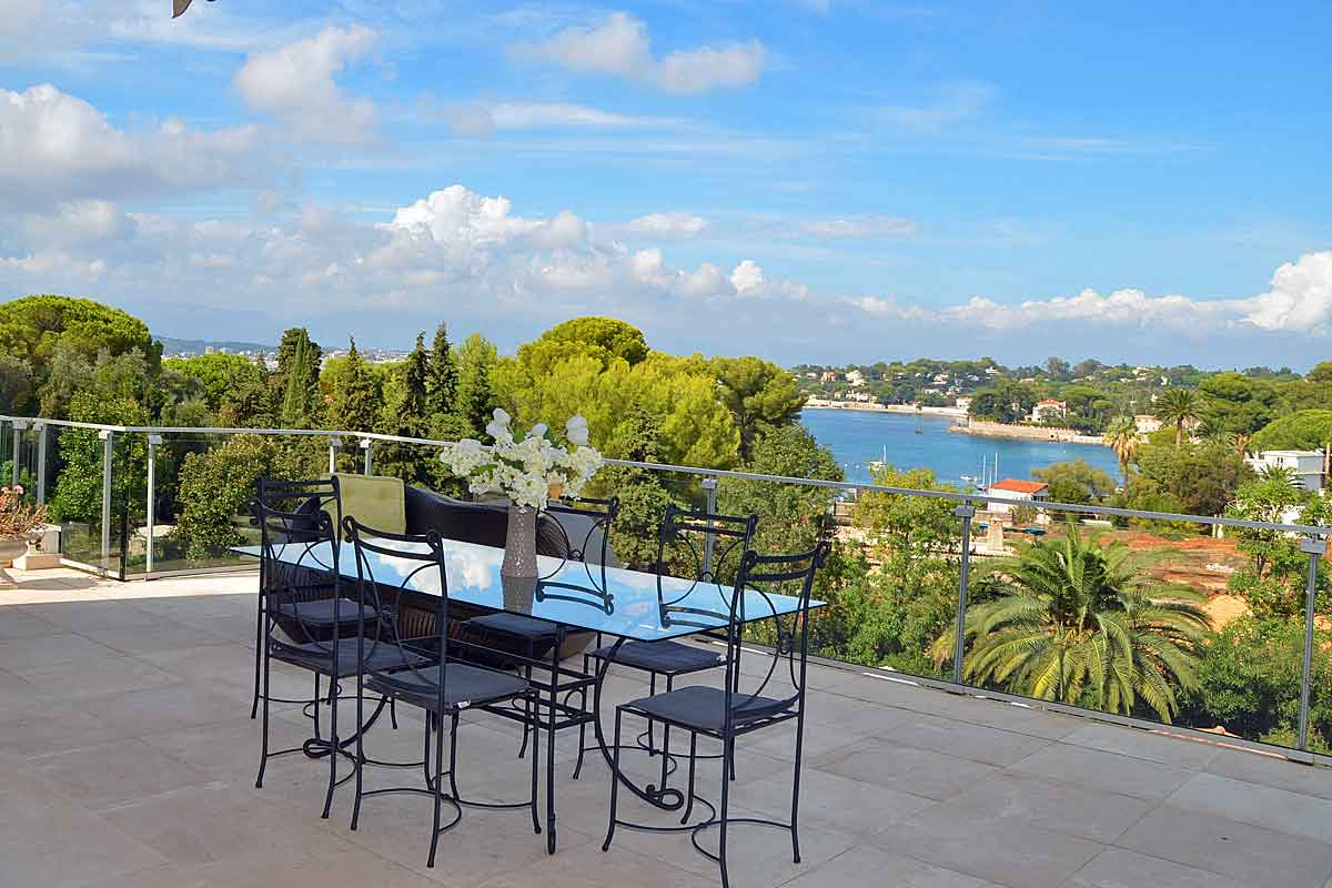 Exclusive Villa in Antibes for 10