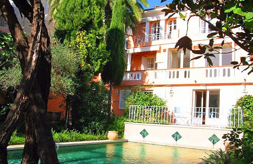 Villa-in-Cannes-Croisette