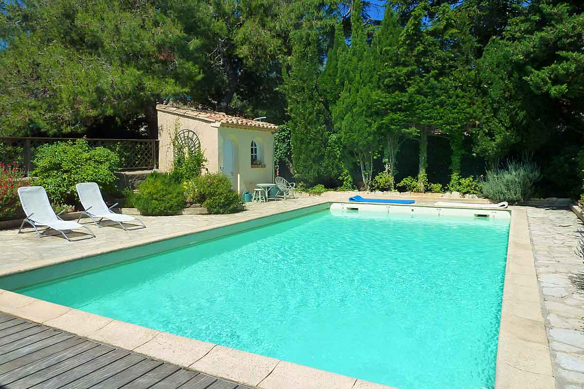 Holiday Villa in Pezenas with pool