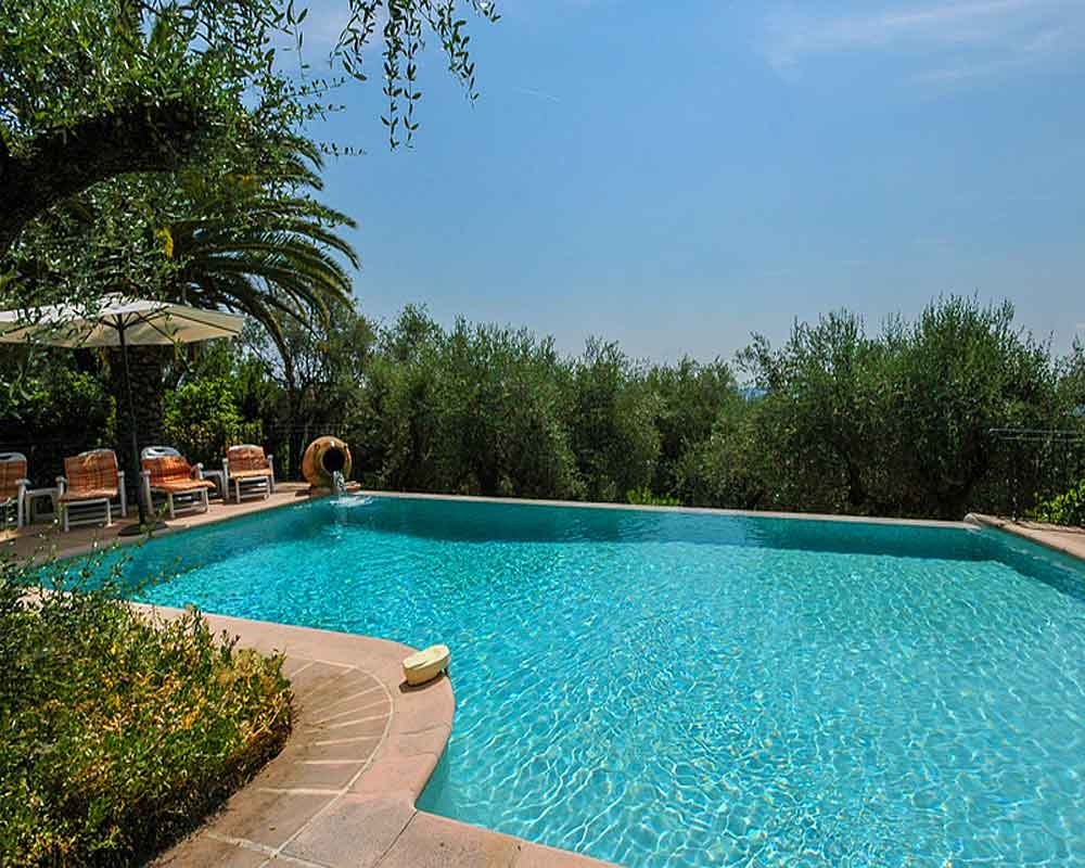 Cote dAzur Holiday rental Villa with Pool to Rent in Grasse