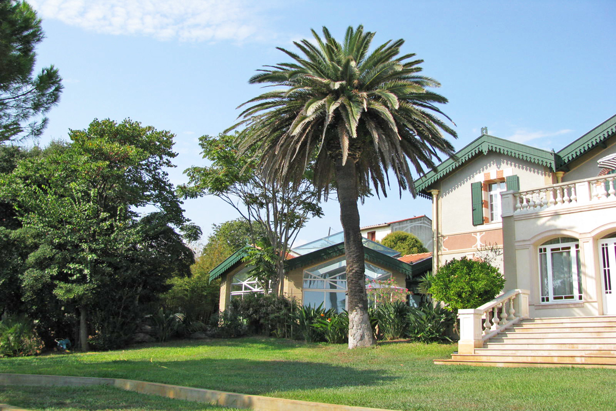 Property To Rent In Sete France