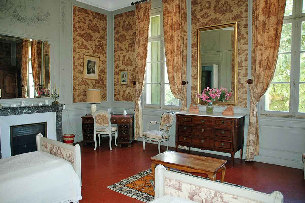 Languedoc Chateau for rent sleeps 14