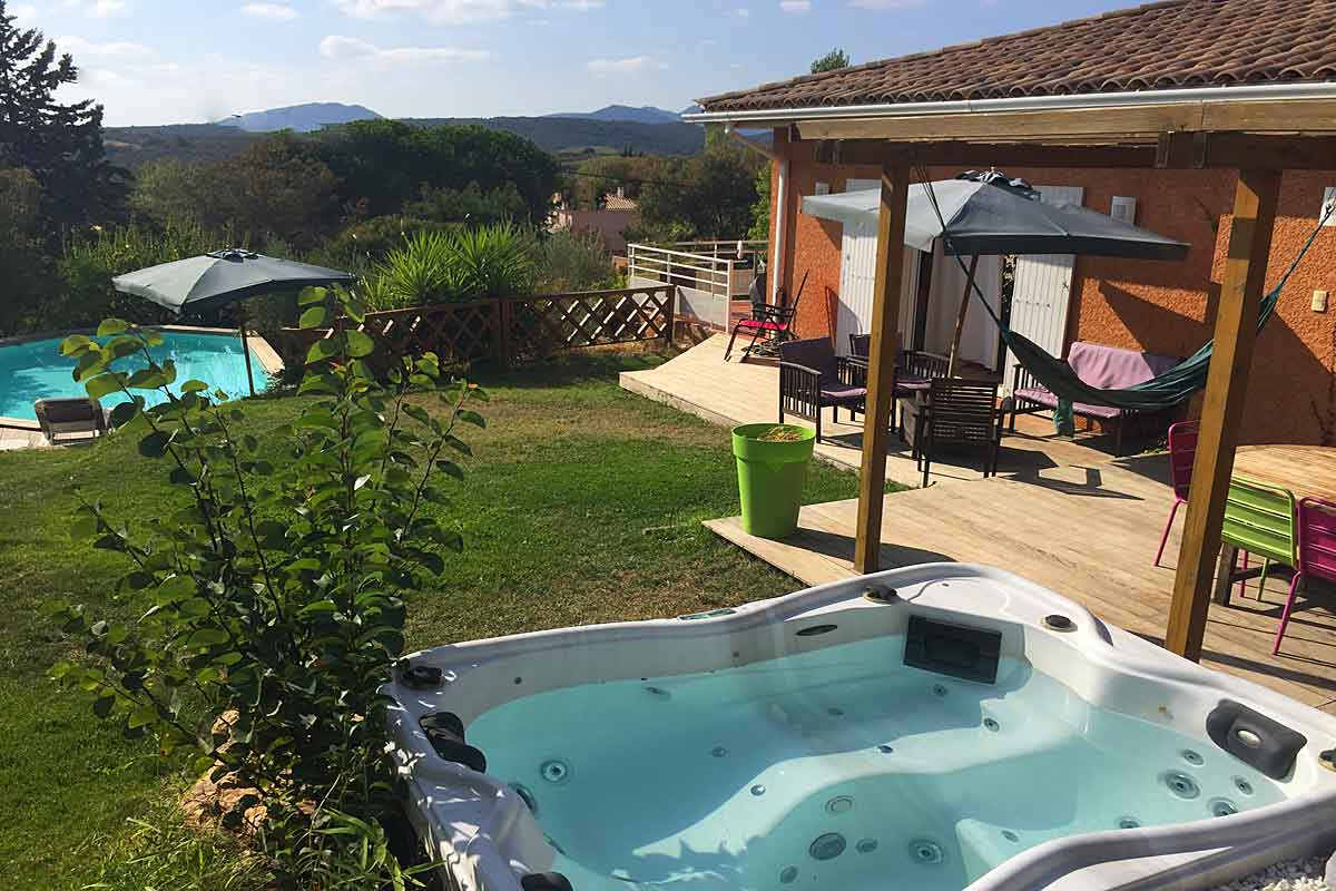 Villa to rent near Magalas Languedoc, South of France. Private ...