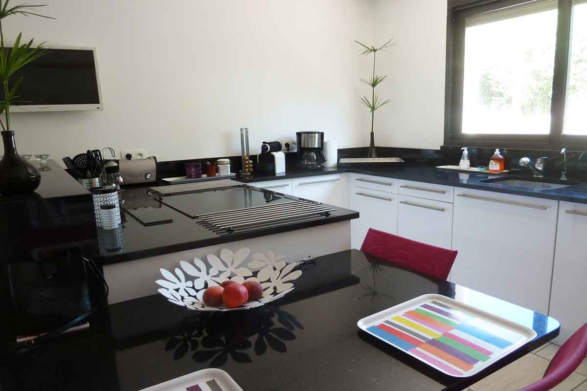 Vacation rental near Pezenas 6 pool