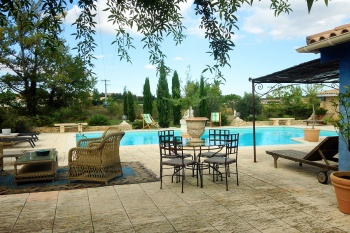 Languedoc villa with Heated Pool