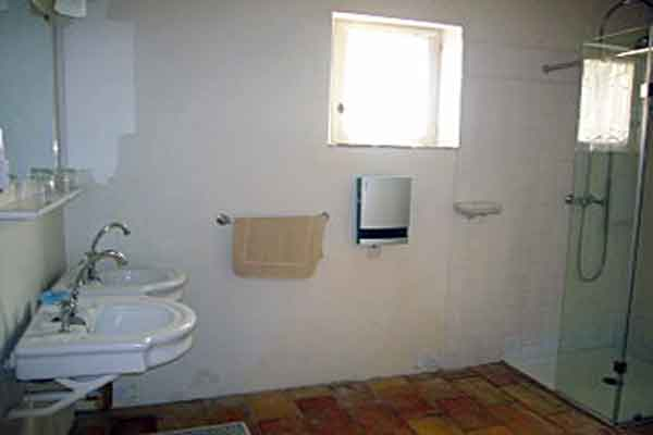 Shower room - Maison Sophie - Villa to Rent in Provence