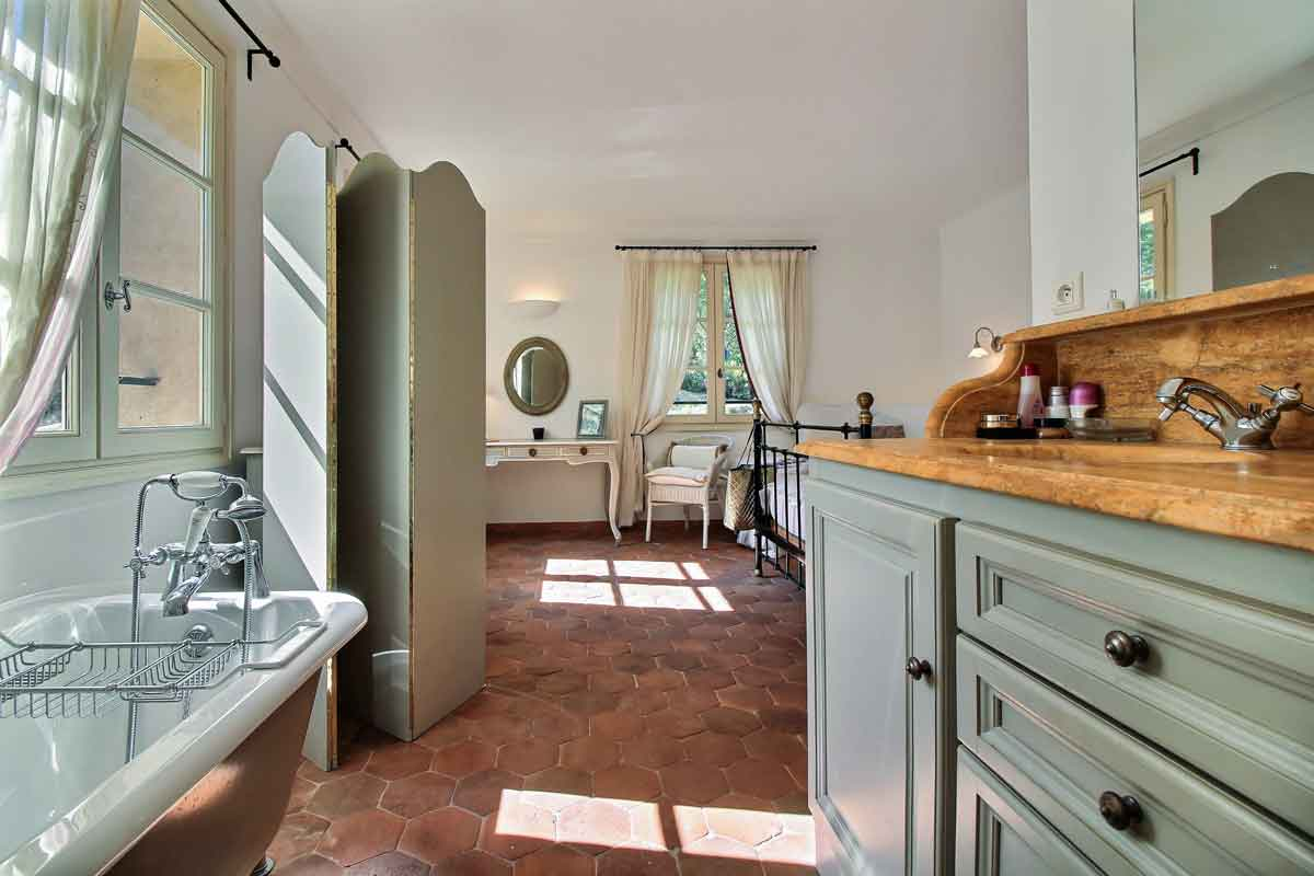 Luxury Holiday Villa in St Tropez