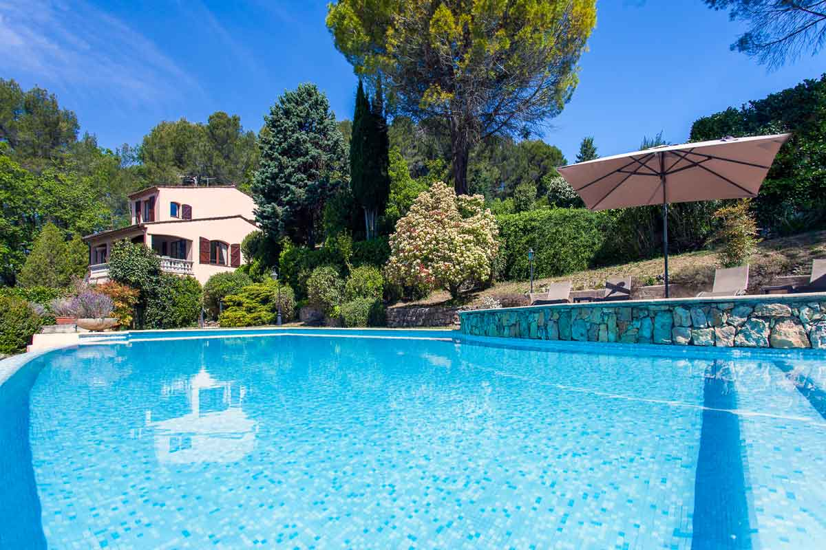 Villa-Rent-with-Pool-Grasse