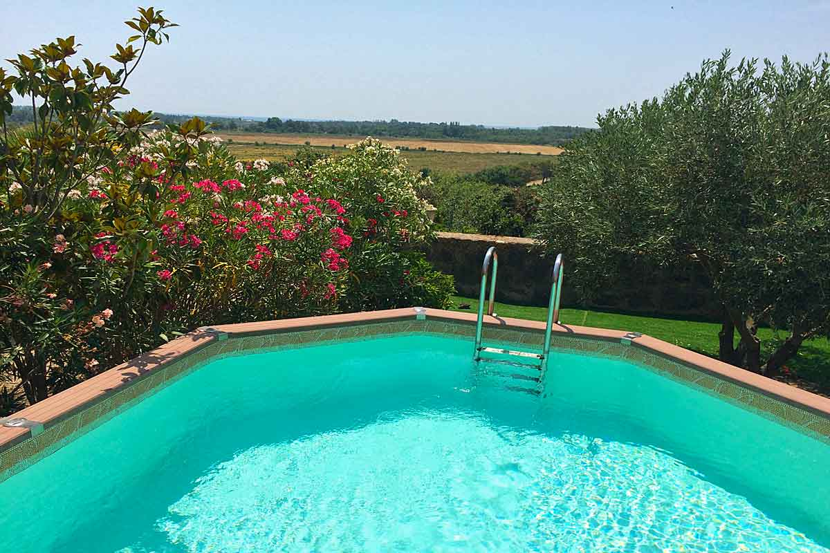 Lovely languedoc holiday home with pool to rent near beziers - Above ground swimming pool rental ...