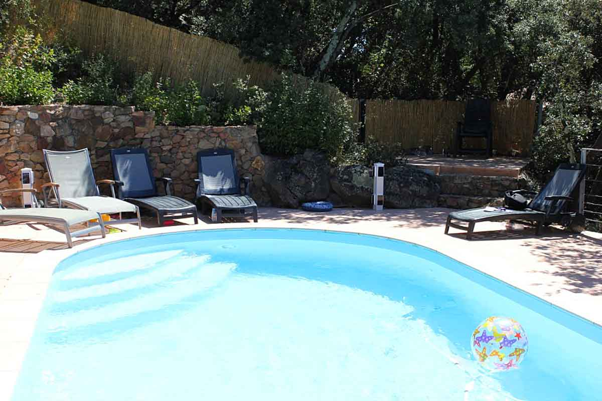 Superior ... A Bathroom Provence Villa Family Rental Pool. Pool Has Roman Steps ...