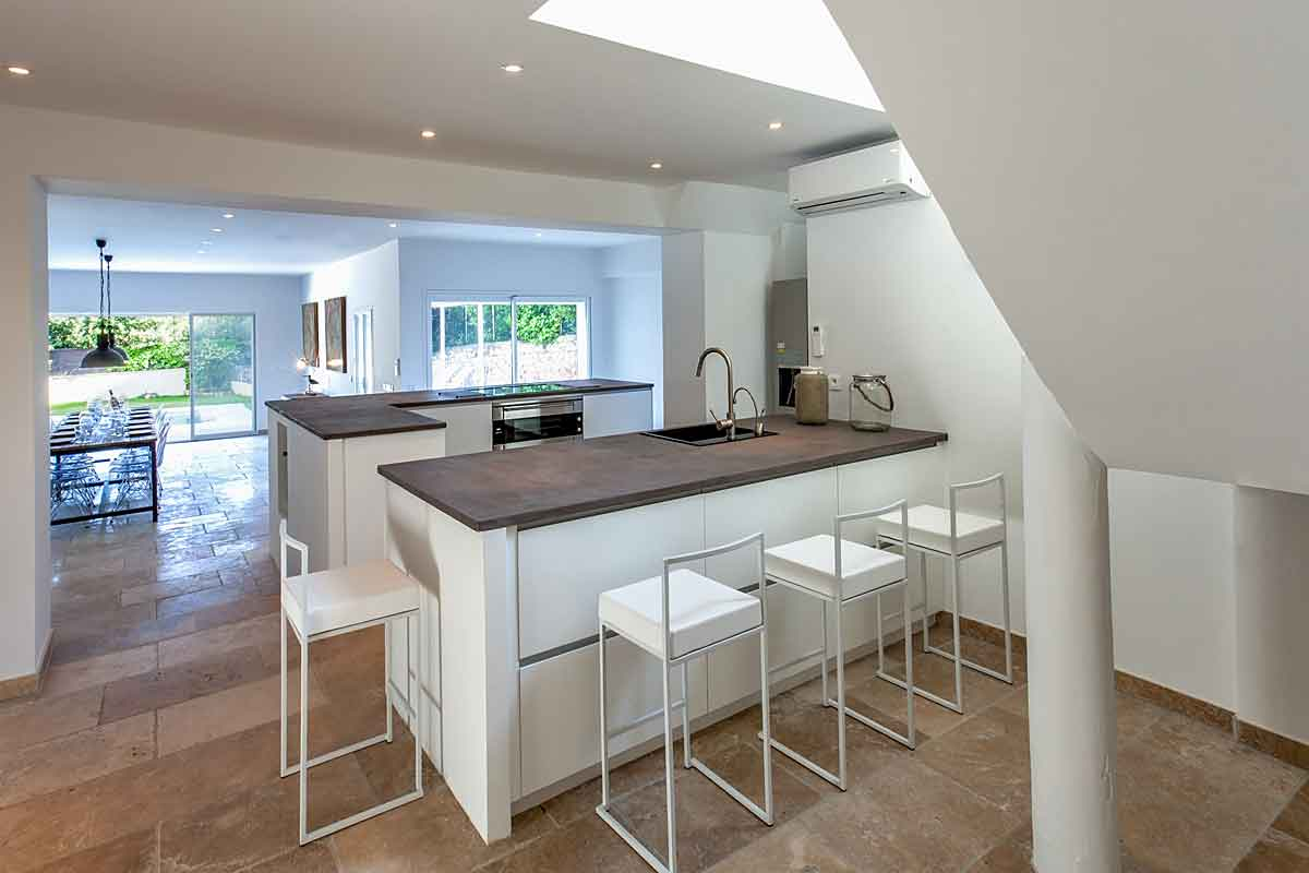 Luxury Contemporary Villa in Cannes