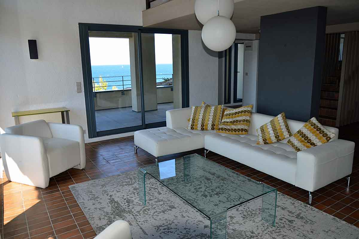 Sea front Holiday Villa in Collioure