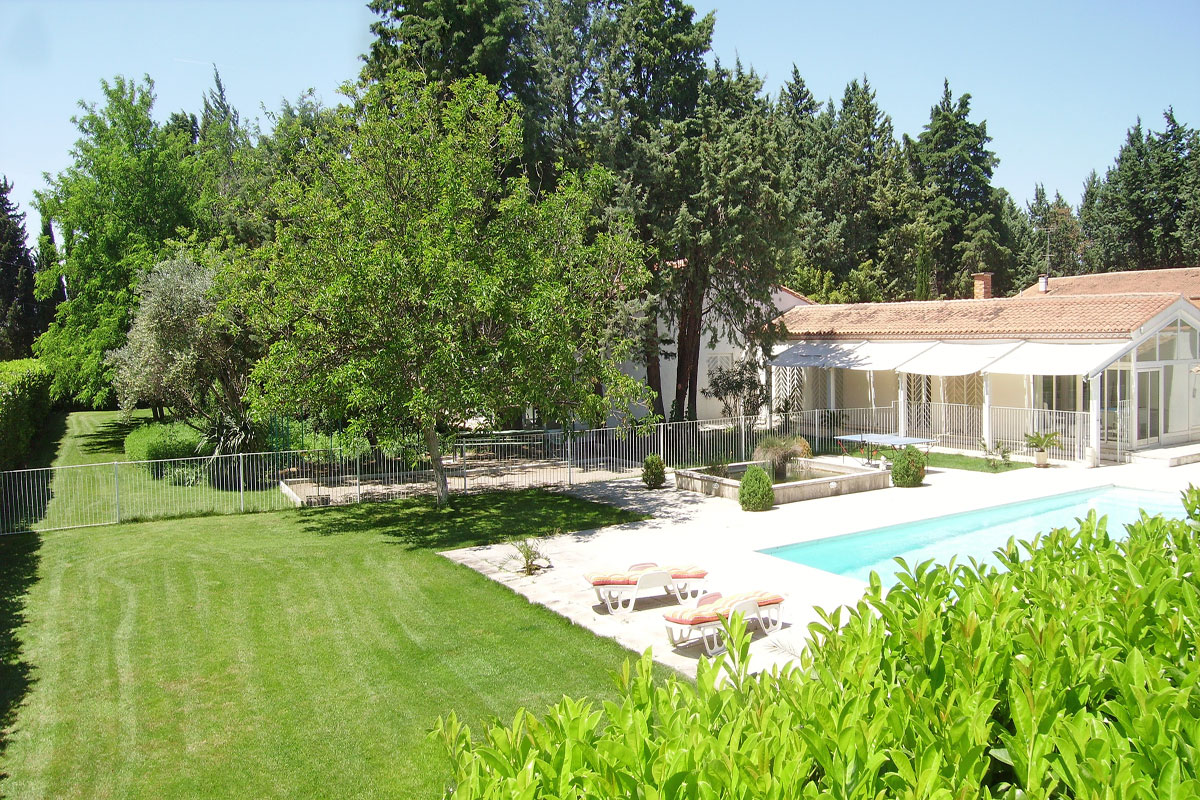 Artists House - Large family home to rent in Languedoc