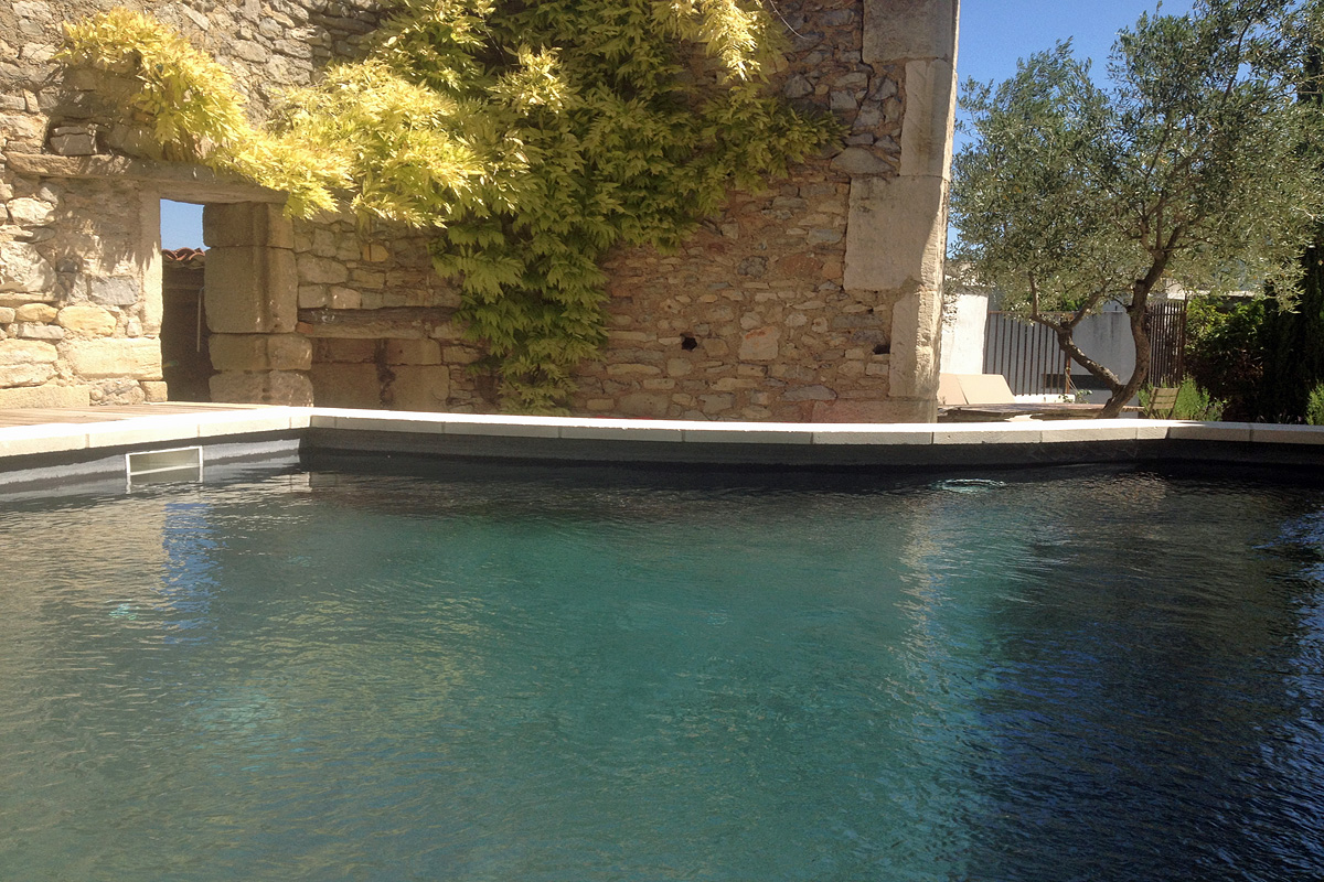 Bastide Langlade - luxury farmhouse to rent near Sommieres