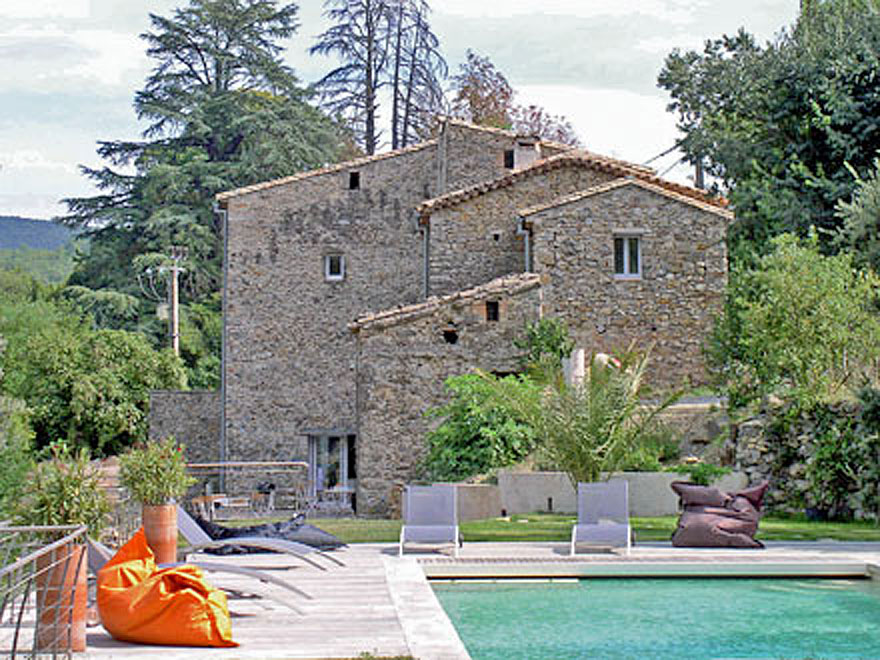 Mas Sevenne - hilltop farmhouse to rent in the Cevennes