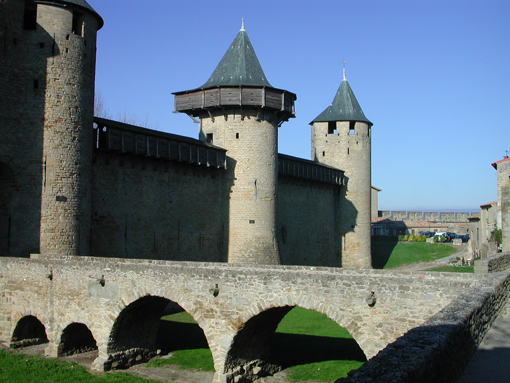 regional travel in languedoc-roussillon, france essay Search postgraduate part time masters degrees  regional relations  assessment is by a variety of methods but primarily involves the writing of an essay of up.