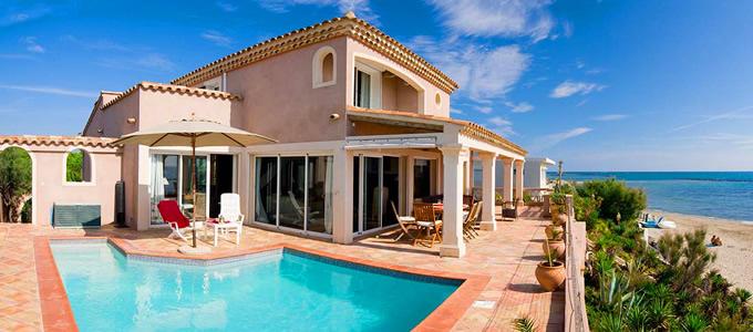 villas de vacances dans le sud de la france locations de villas de luxe en france vacances. Black Bedroom Furniture Sets. Home Design Ideas