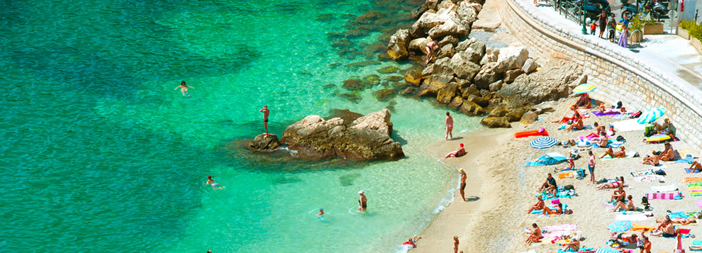 Best Beaches on the Cote d'Azur - Slide 1